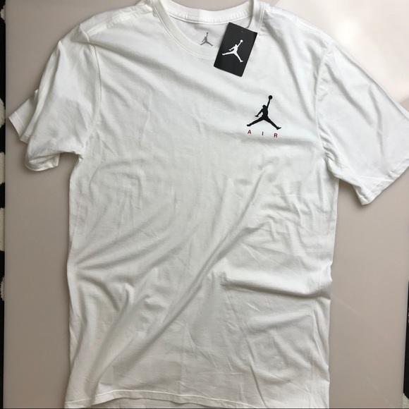 d8c8ea218d4f Nike Air Jordan Logo T Medium